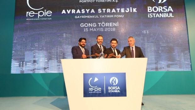 Türkiye'nin ilk gayrimenkul portföy yönetimi şirketi Re-pie, fonlarından Avrasya Stratejik Gayrimenkul Yatırım Fonu için Borsa İstanbul'da gong çaldı.