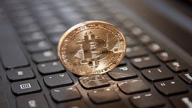 Bitcoin fiyatı bugün işlem platformu Coindesk.com`da 1.710,69 dolar seviyesine kadar çıktı.