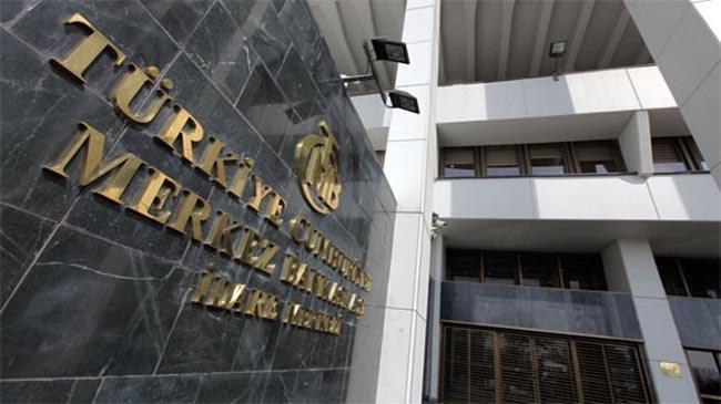 """Merkez Bankası ndan yapılan açıklamada, """"Enerji ithalatçısı KİT lerin petrol fiyatlarındaki düşüşten dolayı giderek azalan döviz talebi, büyük ölçüde Hazine Müsteşarlığı ve TCMB tarafından karşılanmaya devam edilmektedir"""" denildi."""