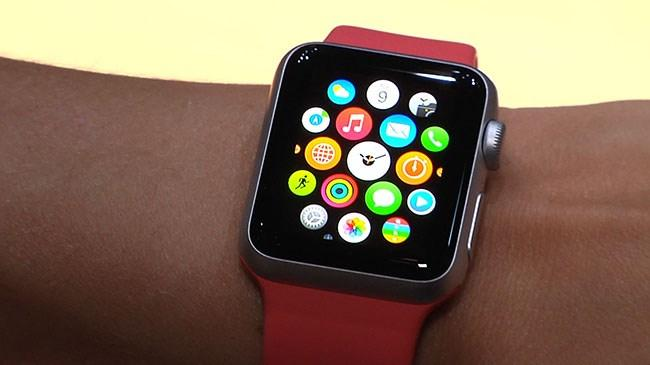 Apple Watch un ömrü 3 yıl