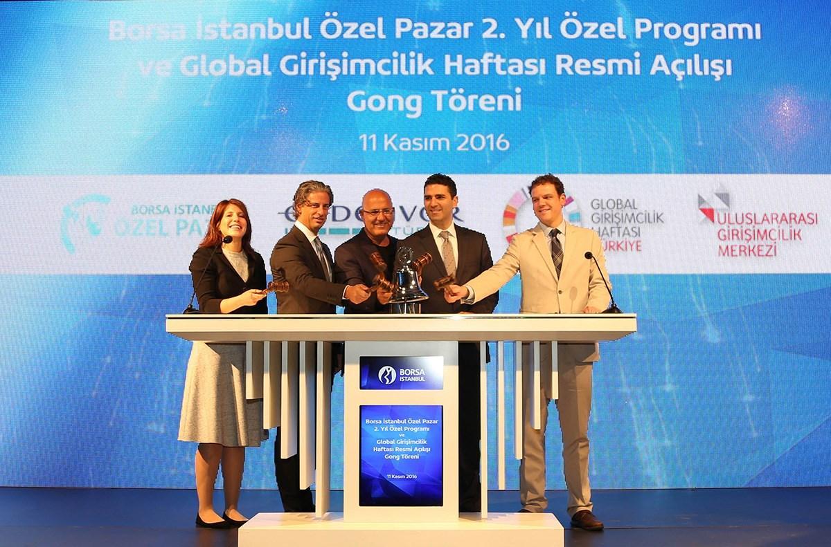 Girişimcilerin ve büyüme potansiyeli olan tüm şirketlerin halka açılmaksızın yatırımcılarla buluştuğu Borsa İstanbul Özel Pazar'ın faaliyete başlamasının ikinci yıldönümü ve Global Girişimcilik Haftası'nın resmi açılışı Borsa İstanbul Gongu'yla başladı.
