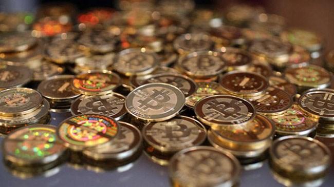 Sadece 7 yılda 700 bin kat değerlenen internetin para birimi Bitcoin, tüm dünyanın 'internet' para birimi belki de geleceğin tek ortak para birimini simgeliyor.
