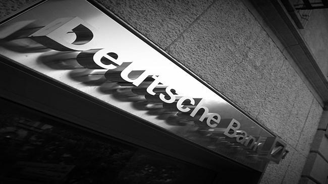 """Dünyanın en büyük bankalarından biri olan Deutsche Bank, """"Yeni dijital para birimi iki yıl içinde yaygınlaşabilir"""" değerlendirmesinde bulundu."""