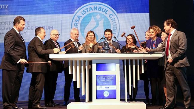 Sabancı Üniversitesi Kurumsal Yönetim Forumu, şirketlerin karar mekanizmalarında toplumsal cinsiyet dengesinin iyileşmesini ve şirketlerin yönetim kurullarında ve üst yönetiminde  kadın oranının yüzde 30'a yükseltilmesini amaçlayan, İngiltere çıkışlı Yüzde 30 Kulübü'nün Türkiye kampanyasını başlatıyor.
