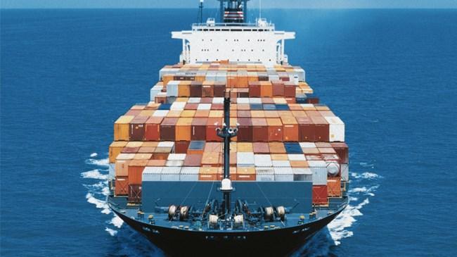 Eylül de dış ticaret açığı yüzde 48,37 azalarak 3,7 milyar dolar oldu.
