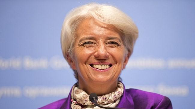 IMF Başkanı Christine Lagarde, Yunanistan ın borç ödemesini ertelemesini kabul etmeyeceklerini söyledi