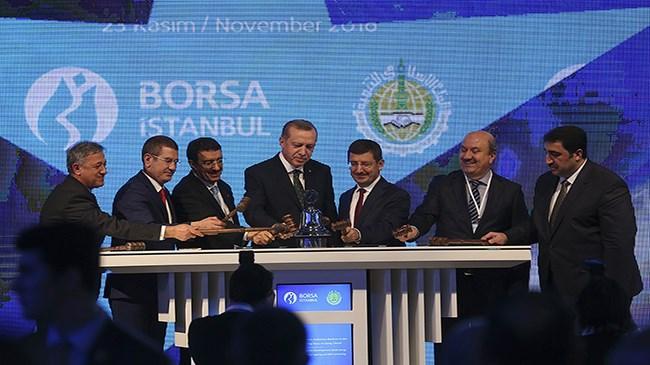 """Borsa İstanbul ile İslam Kalkınma Bankası (IDB) arasında imzalanan """"stratejik işbirliği mutabakat zaptı"""" ve günün anısına yapılan gong töreni, Cumhurbaşkanı Recep Tayyip Erdoğan'ın katılımlarıyla Borsa İstanbul yerleşkesinde gerçekleştirildi."""