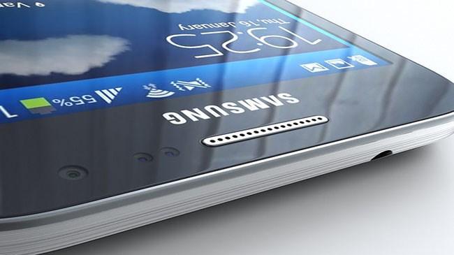 Samsung yeni telefonunu tanıttı