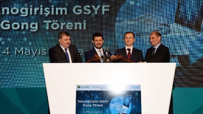 """KT Portföy'ün Türkiye'nin geleceğini girişimcilerle birlikte inşa etme hedefiyle kurduğu """"Teknogirişim Girişim Sermayesi Yatırım Fonu"""" faaliyetlerine 4 Mayıs'ta Borsa İstanbul'da gerçekleştirilen Gong Töreni ile başladı. Teknogirişim GSYF Türkiye'nin önde gelen katılım bankalarından Kuveyt Türk ve Vakıf Katılım'ın yatırımlarıyla hayata geçti."""