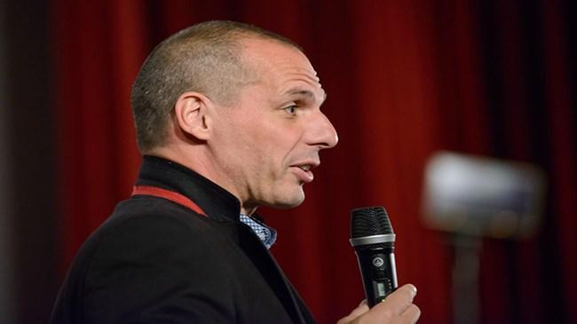 Varoufakis: Büyük tavizler vermeye hazırız
