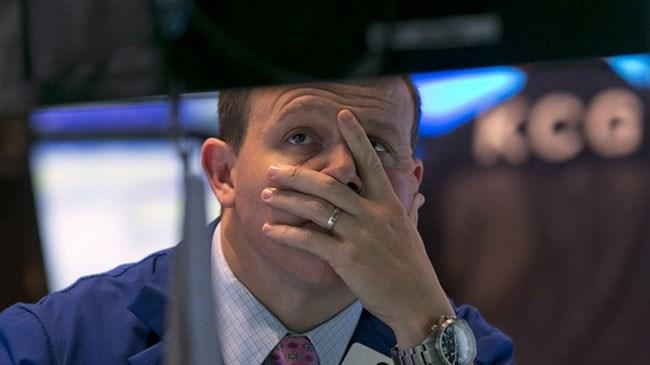 Küresel piyasalar, Jackson Hole daki mesajlarla haftaya düşüşle başladı.