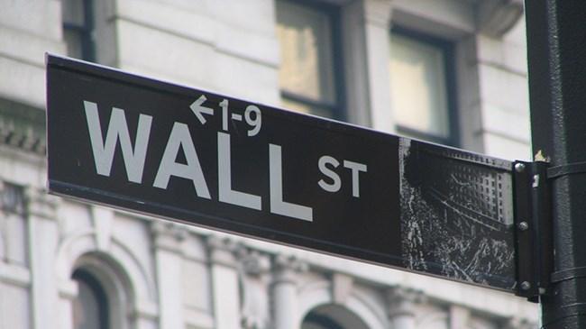 New York borsası düşüşle açıldı thumbnail
