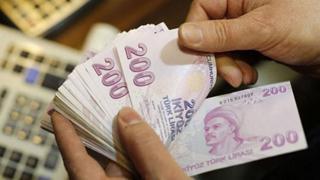 24 saat boyunca para transferi imkanı sağlayan ve EFT, havale ücreti ödenmeyen FAST te limit 1000 liradan 2000 liraya yükseltildi.