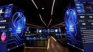 Borsa İstanbul da BIST 100 endeksi, günün ilk yarısında yüzde 0,22 değer kaybederek 1.543,21 puana indi.