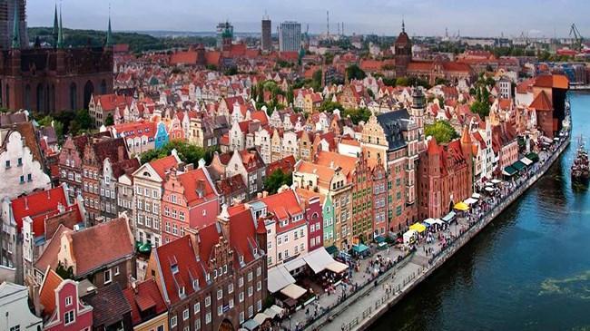 Polonya ekonomisi yeniden büyüme sürecinde   Ekonomi Haberleri