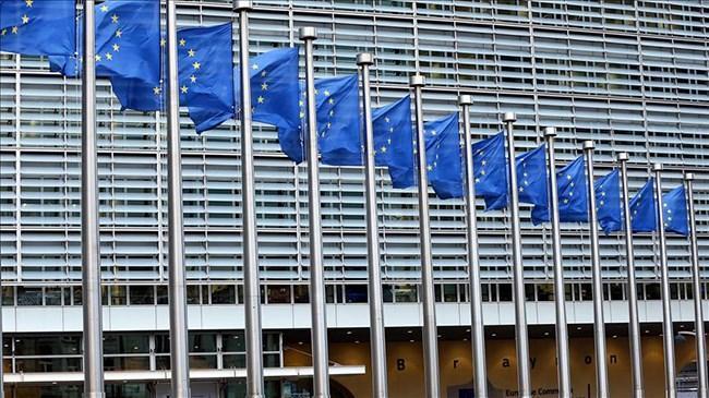 Avrupa'nın büyüme tahmini düşürüldü  | Ekonomi Haberleri