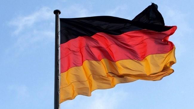 Alman hükümeti büyüme tahminini düşürdü | Ekonomi Haberleri