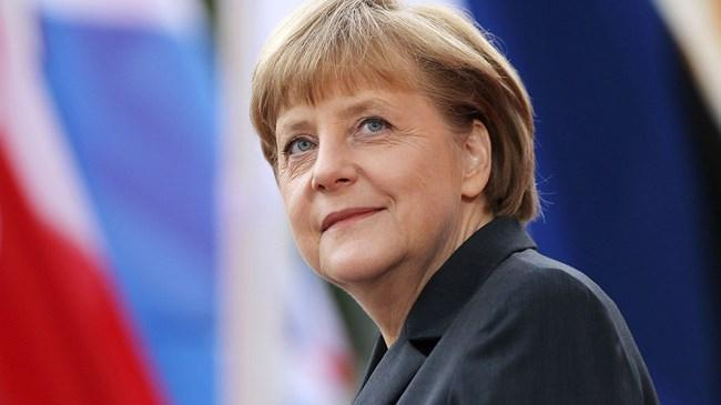 Merkel: Pandemi gelecek yıllarda da hayatımızı etkileyecek | Ekonomi Haberleri