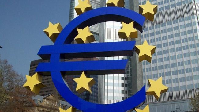 Euro Bölgesi'nde bankalar kredi şartlarını gevşetti | Ekonomi Haberleri