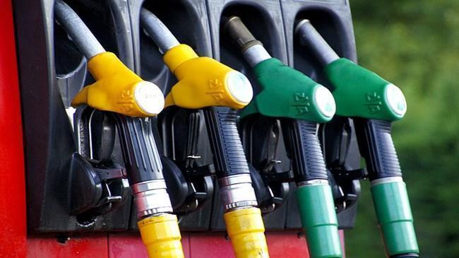 Benzin fiyatlarına zam! İlk kez 6 lirayı aştı | Ekonomi Haberleri