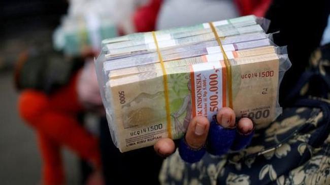 Endonezya'da ihracatçılar için döviz kararı | Ekonomi Haberleri