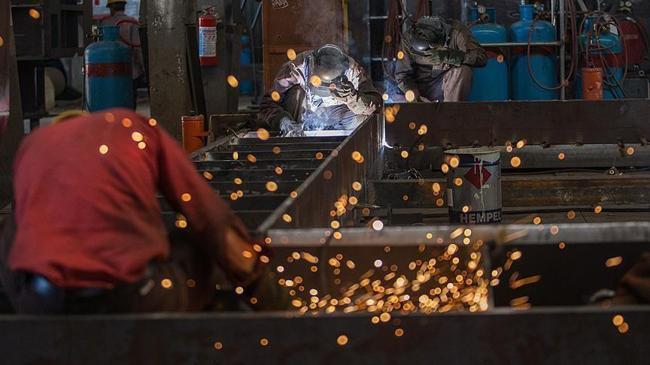 İmalat PMI mayıs ayında geriledi    Ekonomi Haberleri