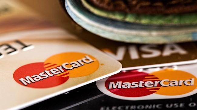 Kredi kart kullanıcısını ilgilendiren süre uzatıldı | Ekonomi Haberleri