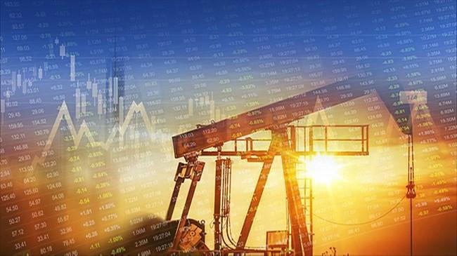Petrolün dalgalı seyri ekonomileri tehdit ediyor | Emtia Haberleri