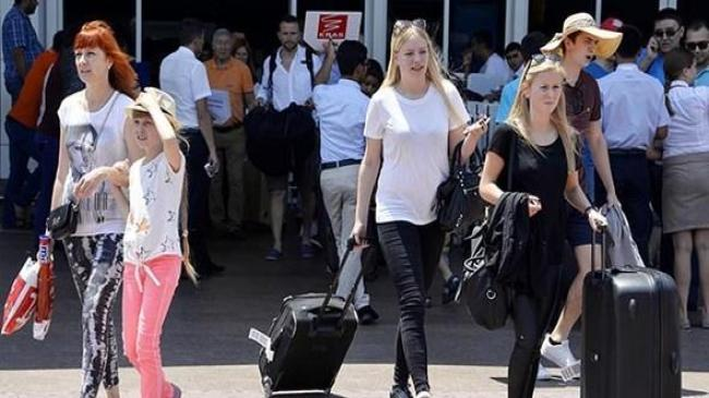 Rus turistlere Türkiye'ye giriş kuralları açıklandı | Ekonomi Haberleri