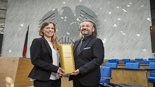 Vestel'e Plus X Award'dan  'En Yenilikçi Marka' ödülü | Teknoloji Haberleri